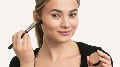 How to Contour Your Face Without Looking Like You Contoured Your Face | StyleCaster