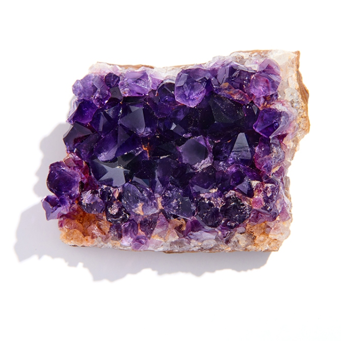 crystal healing amethyst Crystal Healing Complete Guide: Everything You Need to Know