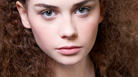 The Definitive Curly Hair Survival Guide   StyleCaster