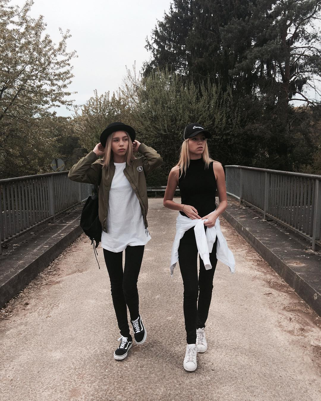 d3bff 13092208 227556744287892 1550477864 n Meet Lisa and Lena, the Teenage Twins Taking Over the Internet