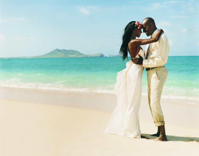 destination wedding Wedding Gift Etiquette: How Much Money to Give & Other Pressing Questions