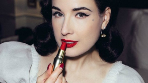 25 Beauty Tips from Dita Von Teese | StyleCaster