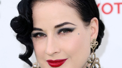 News: Dita Von Teese's Thoughts on Aging | StyleCaster