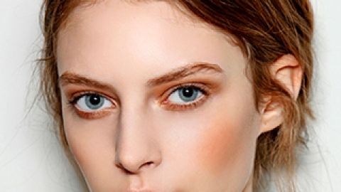 9 Weird Things You Didn't Know Could Give You Amazing Skin   StyleCaster