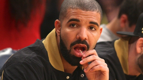 Did Drake Shave His Beard, or Was His Now-Deleted Instagram a Cry for Help? | StyleCaster