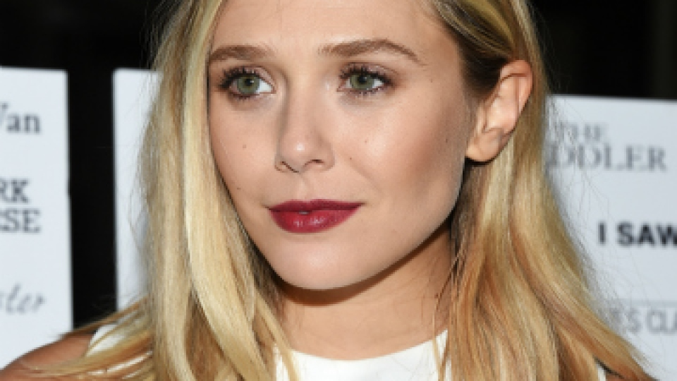 10 Shoulder-Length Hairstyles We Love | StyleCaster