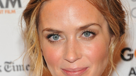 Get Emily Blunt's Adorable Updo In Three Simple Steps | StyleCaster