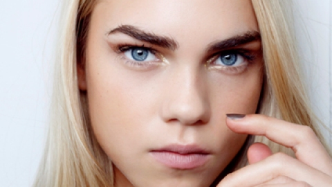 """How the Heck Do I Use Eyebrow Gel?"" | StyleCaster"
