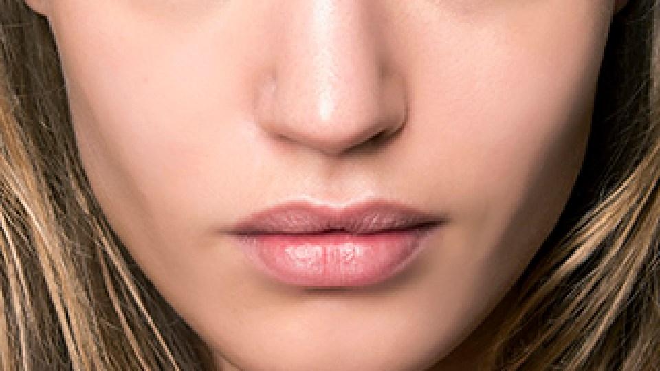 6 Face Mists to Revitalize Sad Winter Skin | StyleCaster