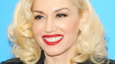 Celebs Who Make Being Pale Look Damn Good | StyleCaster
