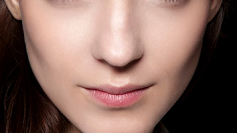 The Best Makeup to Cover Up Flaky Skin   StyleCaster