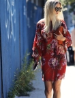 15 Non-Basic Ways to Wear Florals for Spring
