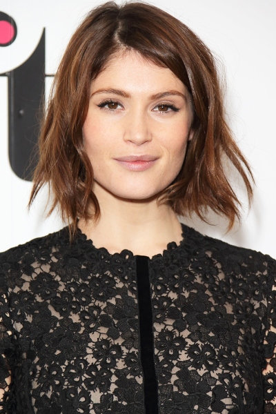 12 Ways To Master Beach Waves On Short Hair Stylecaster