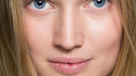 7 Tips for Glowing Skin | StyleCaster