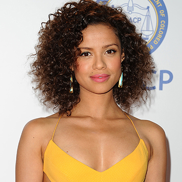 15 Beautiful Ways to Style Curly Hair