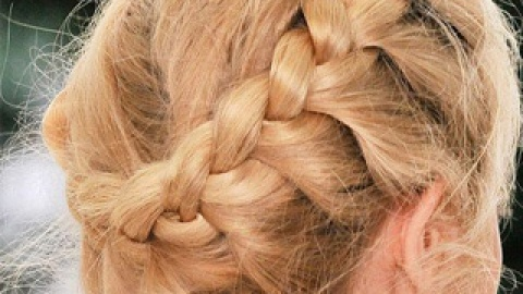 Great Gym Hairstyles: How to Make Hair Stay Put During a Workout | StyleCaster