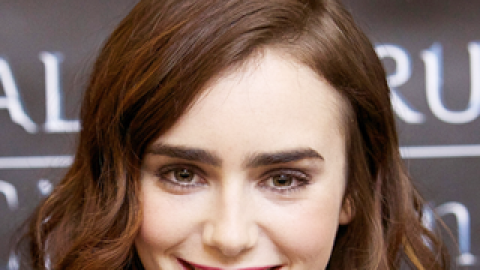 Hair Crush: The Secret to Lily Collins' Perfectly Textured Bob | StyleCaster