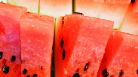 The Best Healthy Foods to Eat This Summer | StyleCaster
