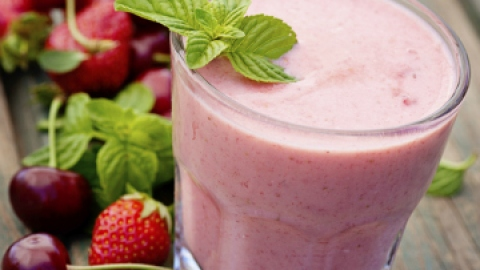 7 Healthy Smoothie Recipes You'll Love | StyleCaster