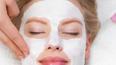 DIY Facial Advice From A Pro | StyleCaster