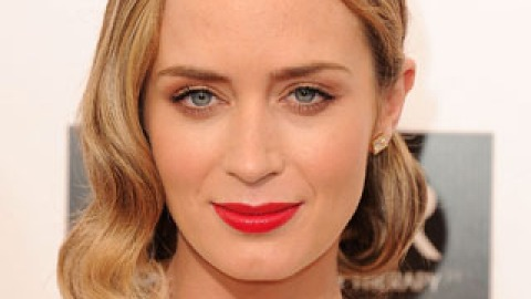 Get The Look: Emily Blunt's Bright Red Lip | StyleCaster