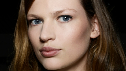 Makeup Tips for an Instant Face Lift   StyleCaster
