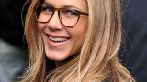 13 Celebs Who Look Gorgeous In Glasses | StyleCaster
