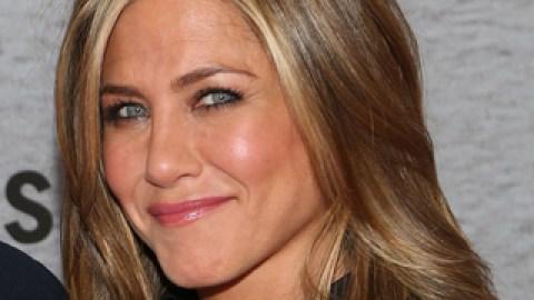 Jennifer Aniston Just Revealed Her Exact Weight | StyleCaster