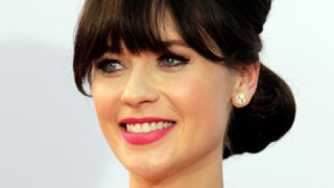 Get The Looks: Zooey Deschanel's Amazing Emmys Makeup, Hair & Mani | StyleCaster