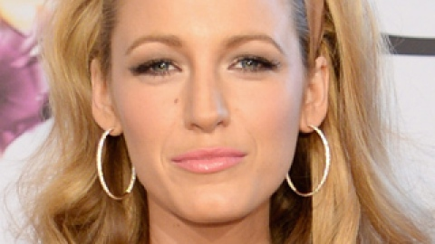 News: Blake Lively's Hair Genes; How to Make Fall Hair Color Last | StyleCaster