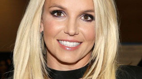 6 Beauty (and Life) Lessons We Learned from Britney Spears | StyleCaster