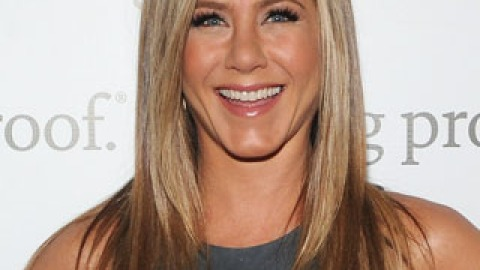Jennifer Aniston Shows Her Silly Side in New Living Proof Video   StyleCaster