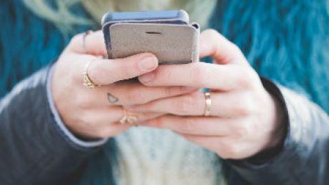 Is Instagram Hurting Your Self Esteem? | StyleCaster