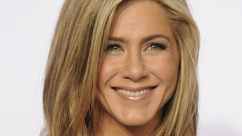 News: Jennifer Aniston's Beauty Advice | StyleCaster