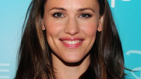 Rachel Zoe Bans Jennifer Garner's Maternity Clothes | StyleCaster