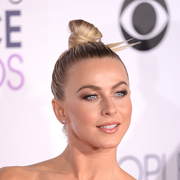 The Sculpted Bun Is About to Be Your New Fave Hair Look