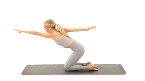Tone Your Upper Body with Karen Lord's 60-Second Pilates Workout | StyleCaster