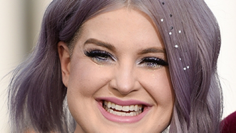 Kelly Osbourne Makes Hair Stars a Thing | StyleCaster