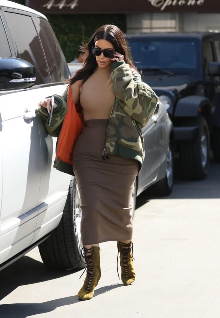 kim kardashian5 Alert the Masses: Kim Kardashian Is Back to Her Pre Baby Weight