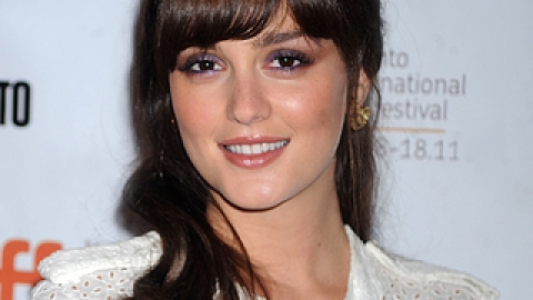 Leighton Meester And Vera Wang Team Up For Cancer Awareness | StyleCaster