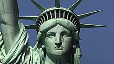 We Gave the Statue of Liberty a Makeover!   StyleCaster