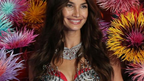 How to Glow Like a Victoria's Secret Angel | StyleCaster