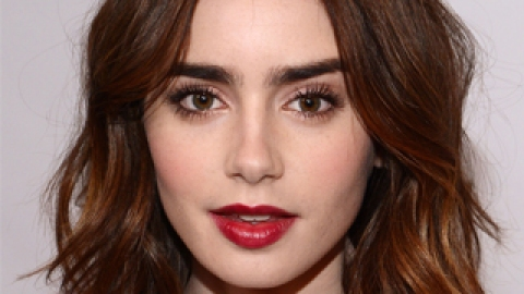 No Tan? No Problem! Lily Collins' Makeup is Perfect for Winter | StyleCaster