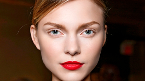 The Right Way to Wear Lip Liner | StyleCaster