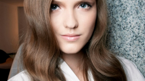 Weekend Hairstyle: How to Get Perfect Curls | StyleCaster