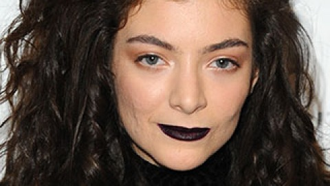 News: See Lorde's MAC Collection; Kate Middleton's Pretty Updo   StyleCaster