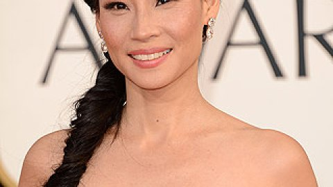 Get The Look: Lucy Liu's Fishtail Braid and Fresh Makeup | StyleCaster