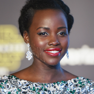22 Of Lupita Nyong O S Best Beauty Moments Stylecaster