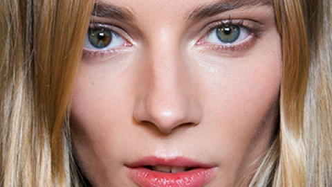 How to Look Alive After a Miserable Cold | StyleCaster