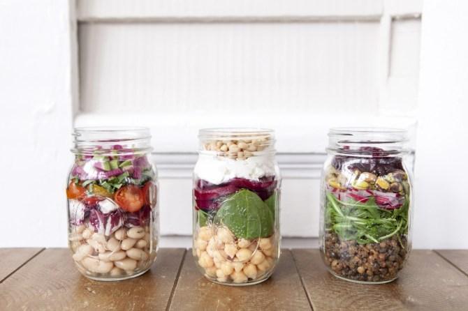 mason 81 3 Mason Jar Recipes Thatll Make Your Desk Salad a Little Less Sad